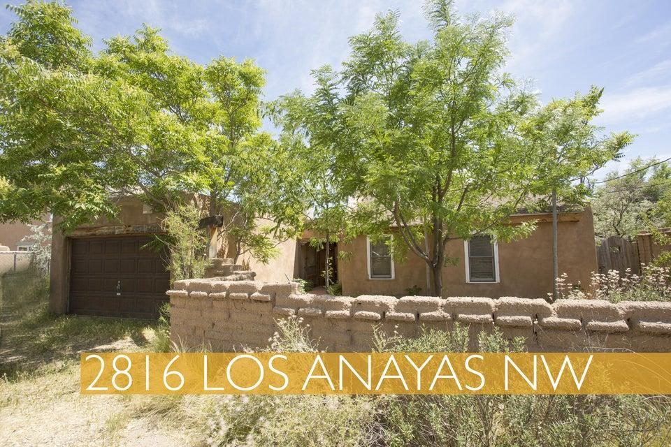 2816 Los Anayas Road NW, Albuquerque, NM 87104