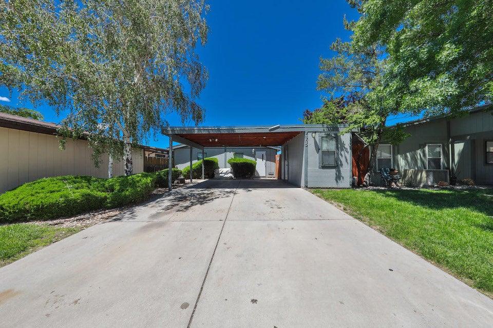 7305 Turtledove Lane NE, Albuquerque, NM 87109