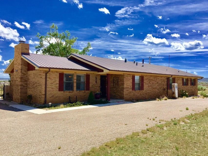 6 Isham Road, Edgewood, NM 87015