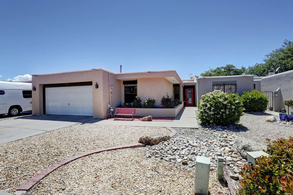 5239 Zurich Place NE, Albuquerque, NM 87111