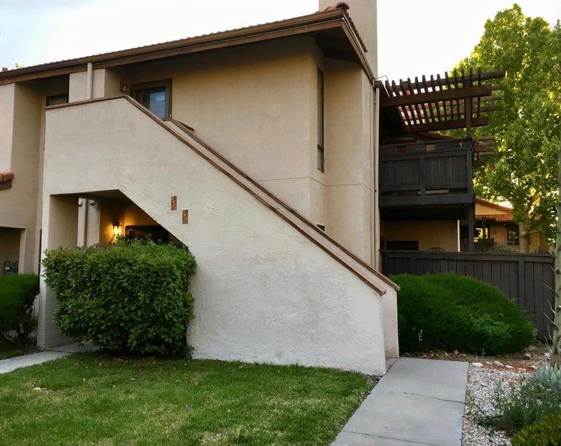 5921 McKinney Drive NE, Albuquerque, NM 87109