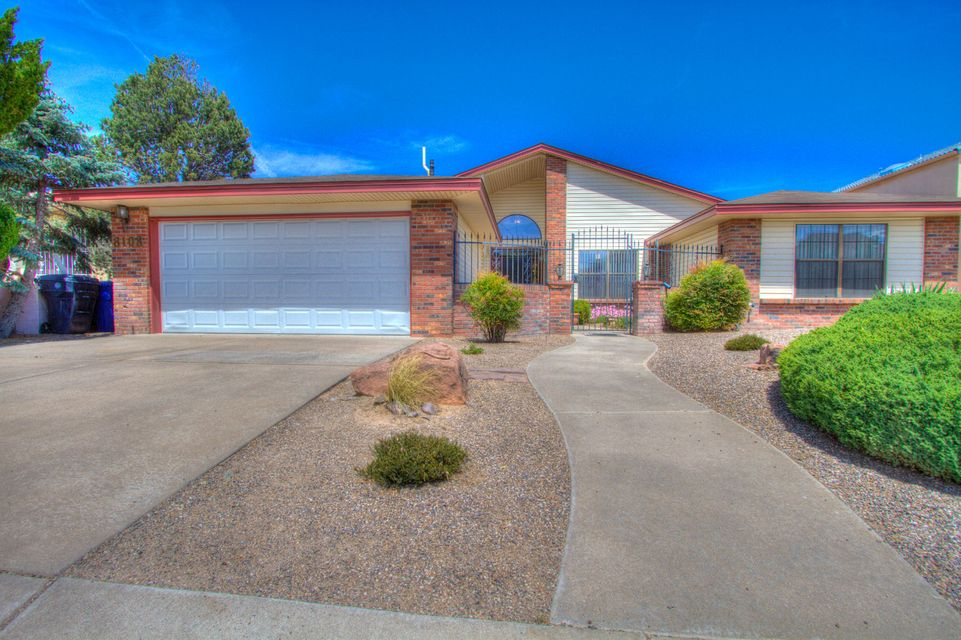 8108 Fairmont Drive NW, Albuquerque, NM 87120