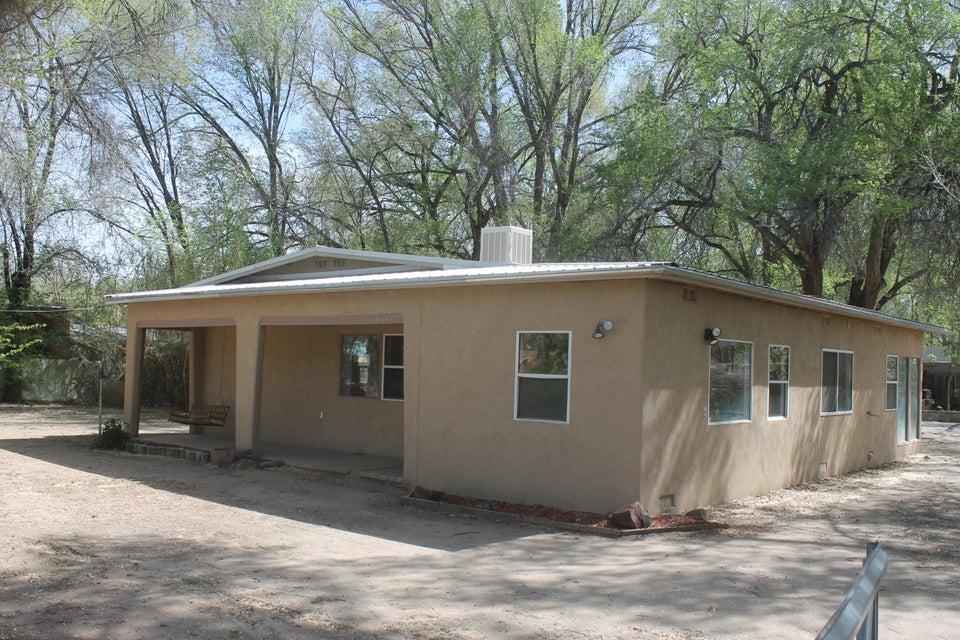 3114 Sterling Road SW, Albuquerque, NM 87105