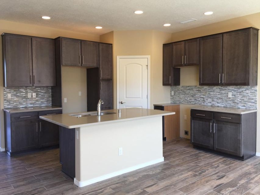 1609 Band Saw Drive NW, Albuquerque, NM 87104