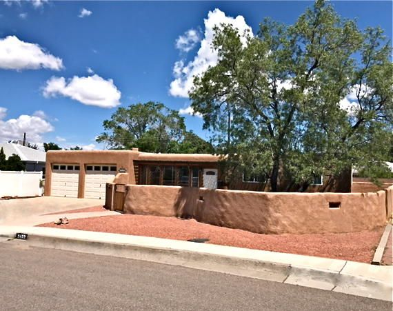 9409 Arvada Avenue NE, Albuquerque, NM 87112