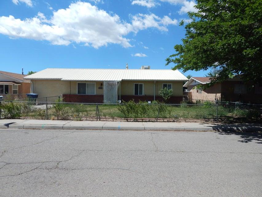 1119 Galvez Court SE, Los Lunas, NM 87031