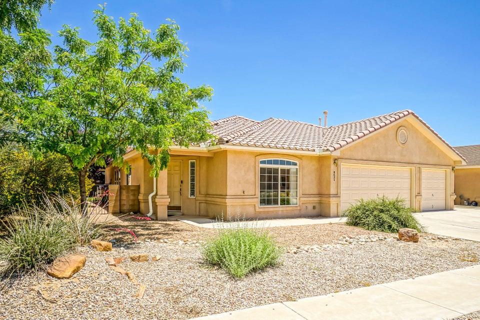 8624 Casa Verde Avenue NW, Albuquerque, NM 87120