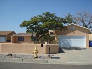 5313 Calle Serena NW, Albuquerque, NM 87120