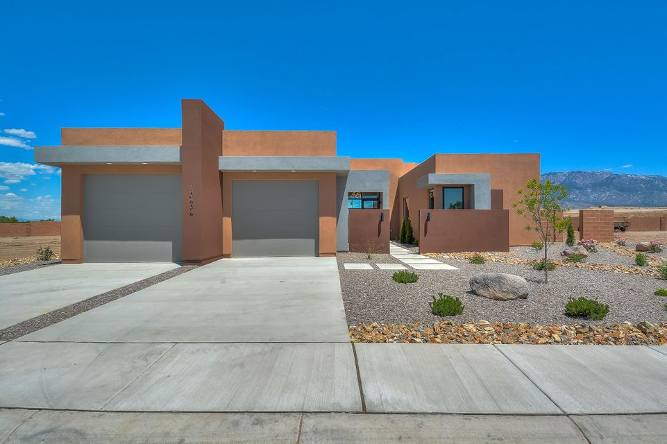 10434 Amara Vista Court NW, Albuquerque, NM 87113