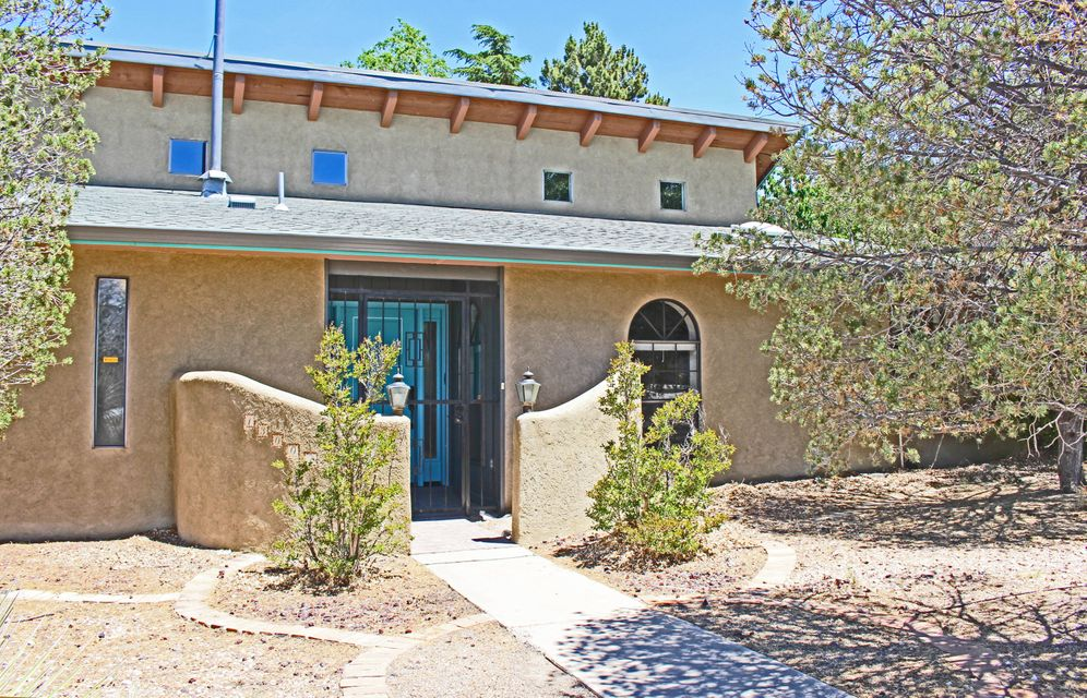 13001 Rebonito Road NE, Albuquerque, NM 87112