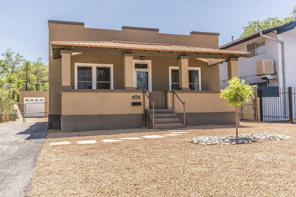 204 Princeton Drive SE, Albuquerque, NM 87106