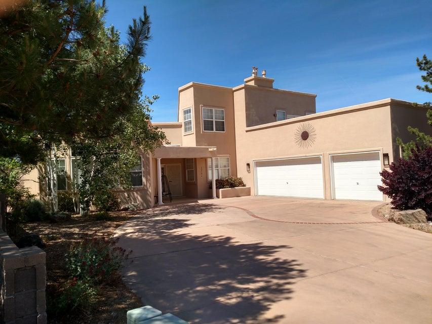 12704 Calle Del Oso Place NE, Albuquerque, NM 87111
