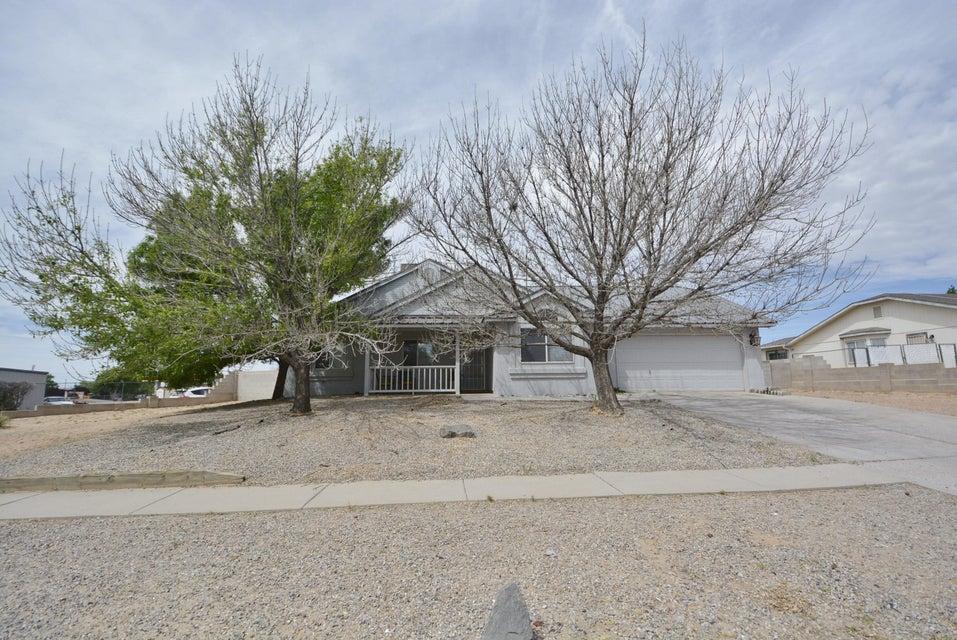 835 Western Hills Drive SE, Rio Rancho, NM 87124