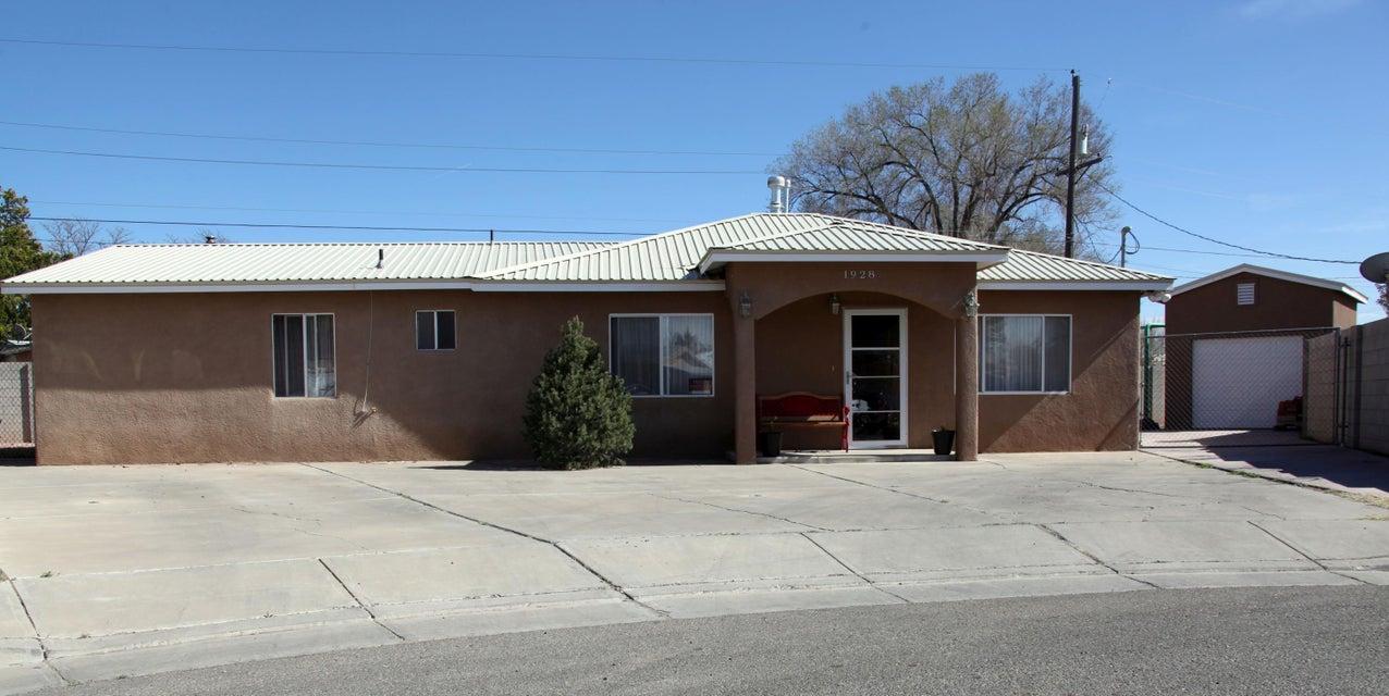 1928 Leon Court NW, Albuquerque, NM 87107