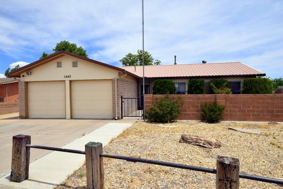 1440 Locura Road SW, Albuquerque, NM 87121