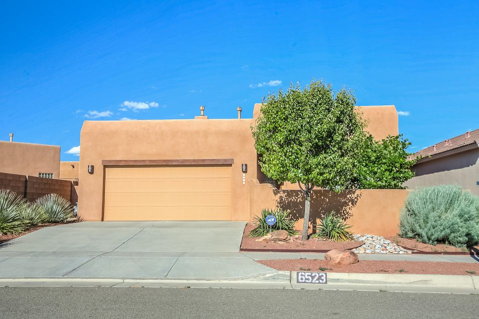 6523 Cliff Dweller Road NW, Albuquerque, NM 87114