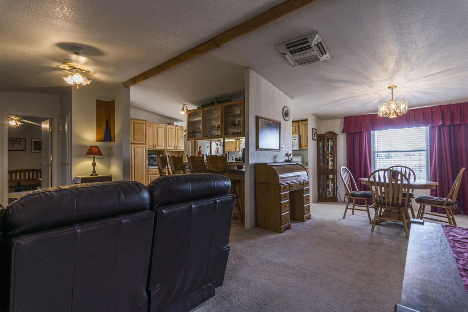 300 Meadow Lake Road # B, Los Lunas, NM 87031
