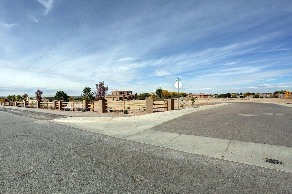 615 Kabrico Court NE, Albuquerque, NM 87113