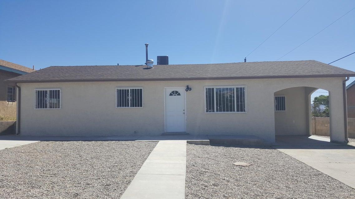 408 68th SW, Albuquerque, NM 87121