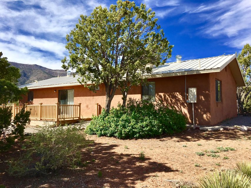 744 State Road 344, Edgewood, NM 87015