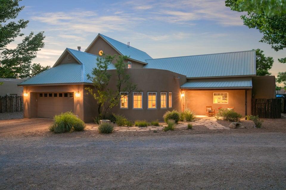 2705 Rio Encantado Court NW, Albuquerque, NM 87107