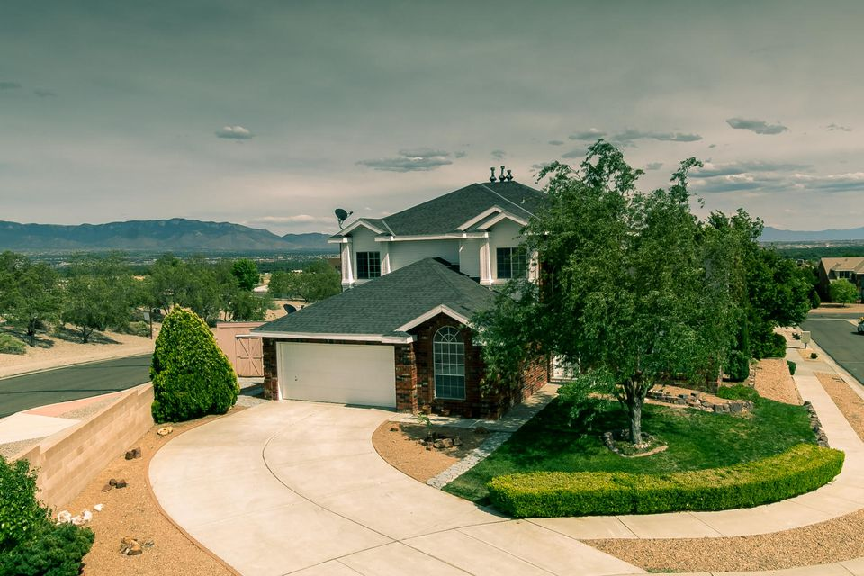 8616 Hillshire Place NW, Albuquerque, NM 87114