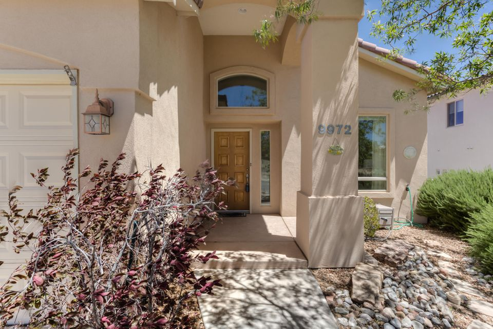 9972 Buckeye Street NW, Albuquerque, NM 87114