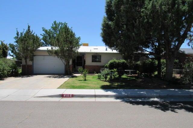 4112 Sunland Circle NW, Albuquerque, NM 87107
