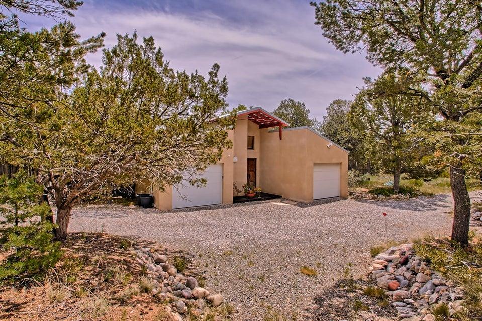 16 Paa Ko Drive, Sandia Park, NM 87047