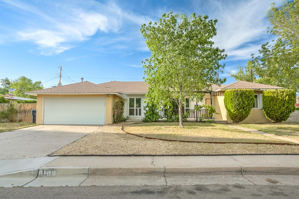 6109 Bellamah Avenue NE, Albuquerque, NM 87110