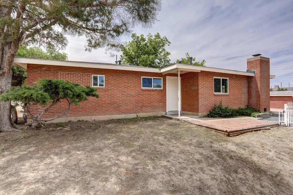 1801 Princeton Drive SE, Albuquerque, NM 87106