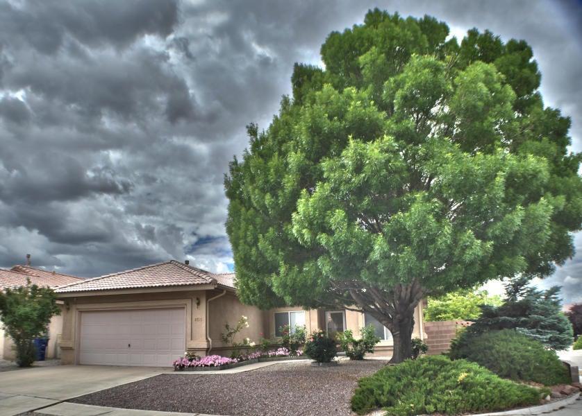 8511 Rancho Del Rio Drive NE, Albuquerque, NM 87113