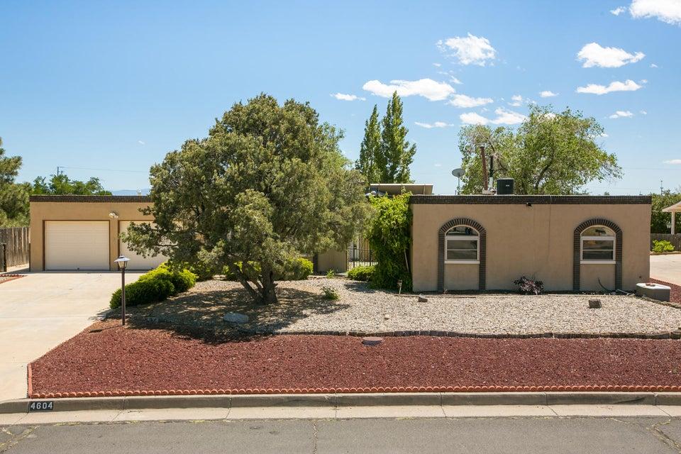 4604 Calvillo Court SE, Rio Rancho, NM 87124