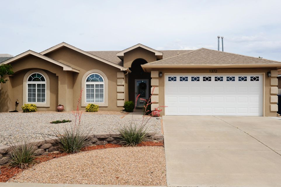 1372 Vista Escondida Court, Los Lunas, NM 87031