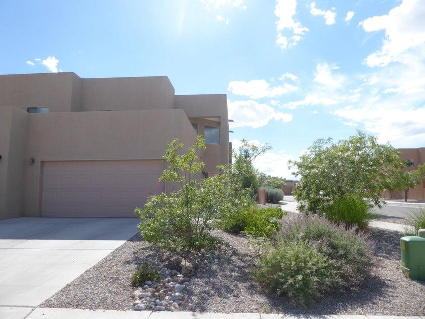 5019 Sala De Tomas Drive NW, Albuquerque, NM 87120
