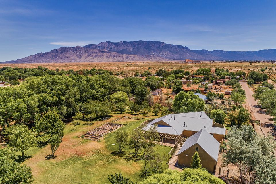 109 Casey Jones Place NE, Albuquerque, NM 87113
