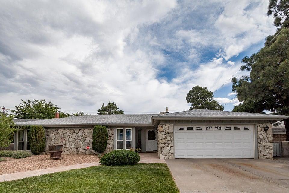 12212 Sierra Grande Avenue NE, Albuquerque, NM 87112
