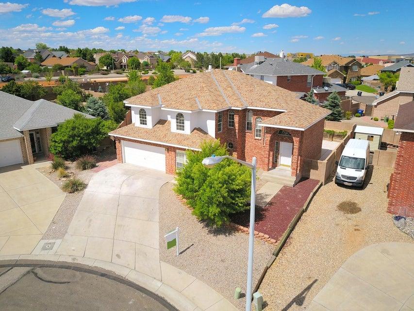 8444 Bella Vista Place NW, Albuquerque, NM 87120