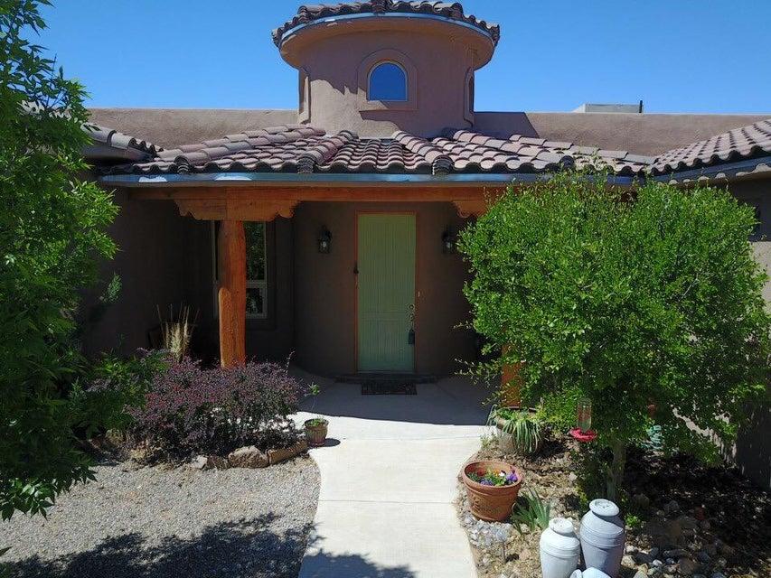 6408 Del Carmen Drive NE, Rio Rancho, NM 87144