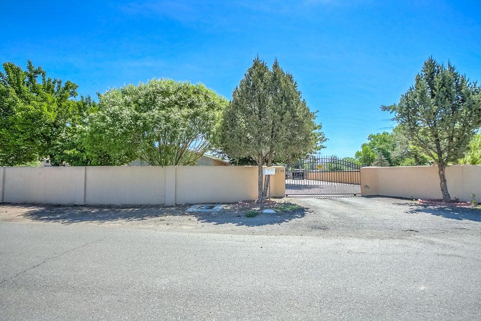 7126 Cecilia Drive SW, Albuquerque, NM 87105