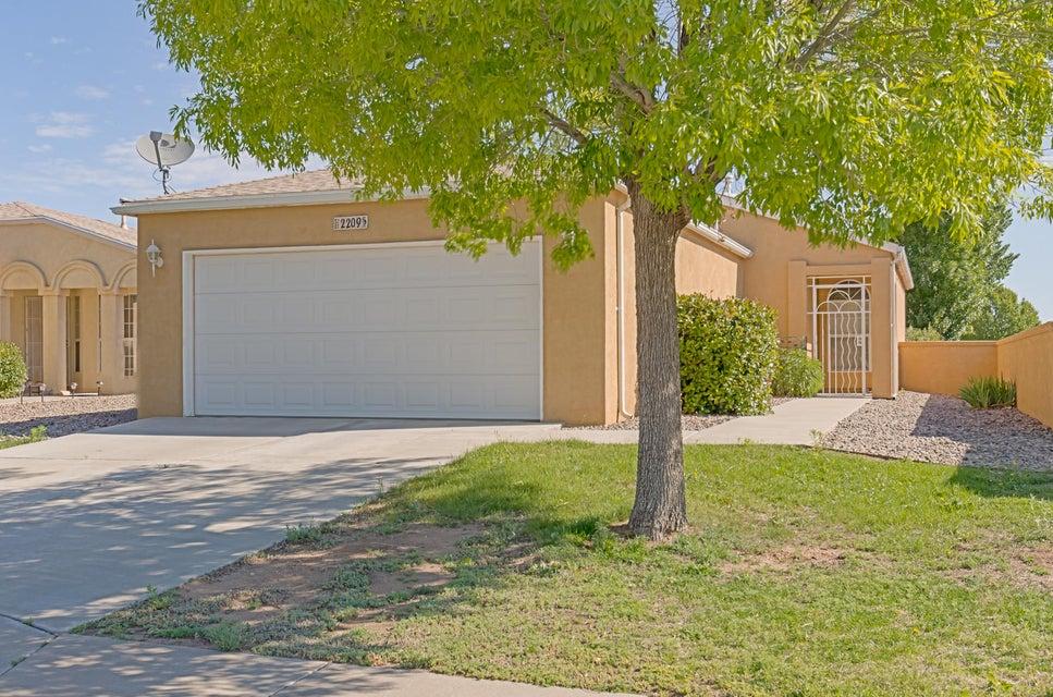 2209 High Desert Circle NE, Rio Rancho, NM 87144
