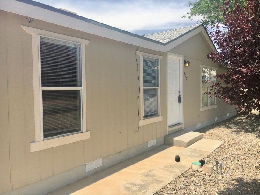 627 3rd Street SW, Rio Rancho, NM 87124