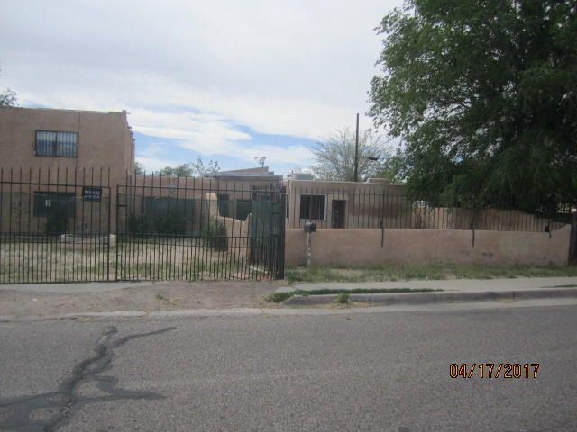 3809 5Th Street NW, Albuquerque, NM 87107