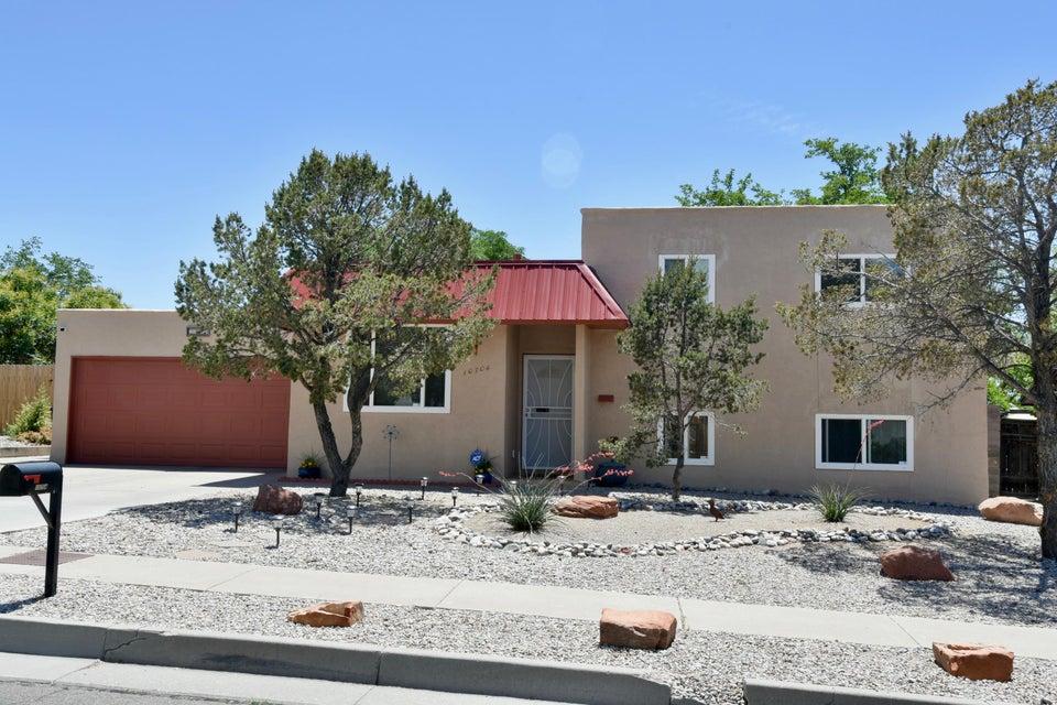 10704 Kielich Avenue NE, Albuquerque, NM 87111