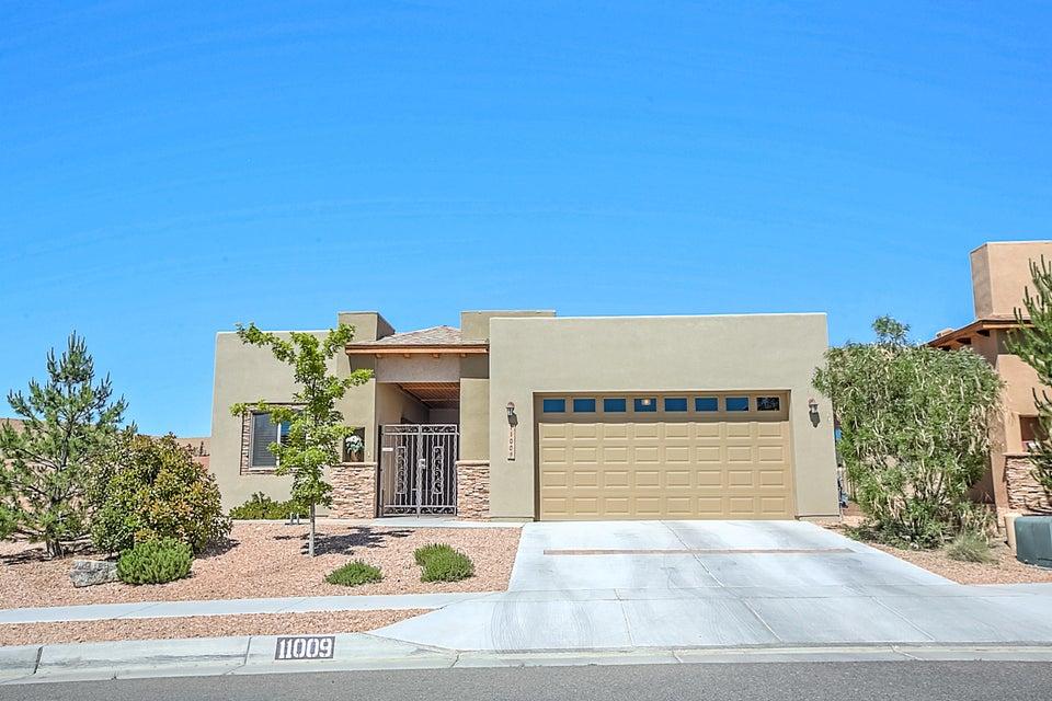 11009 CALANDRIAS Street NW, Albuquerque, NM 87114
