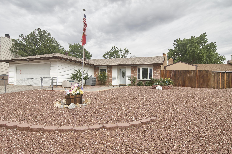 7517 Union Street NE, Albuquerque, NM 87109