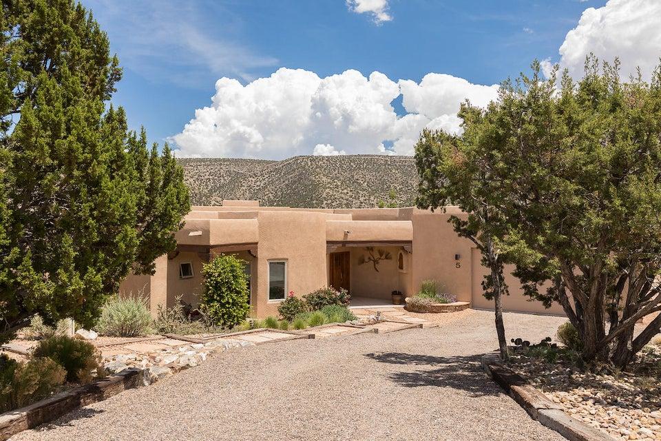 5 Monte Vista Court, Placitas, NM 87043
