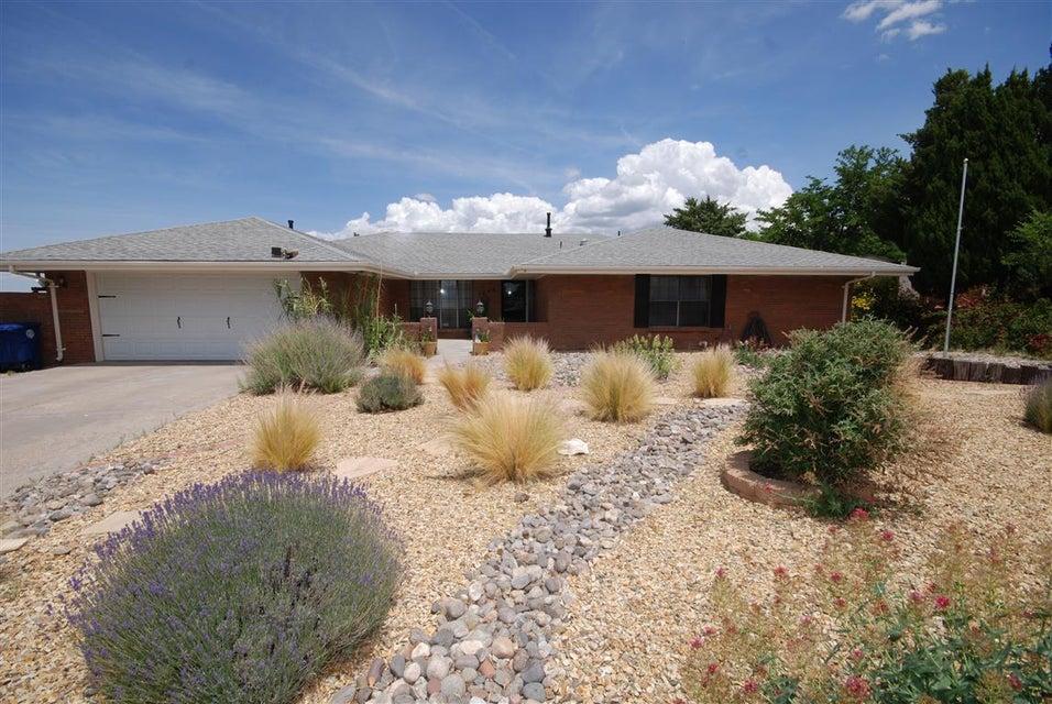 1834 Conestoga Drive SE, Albuquerque, NM 87123