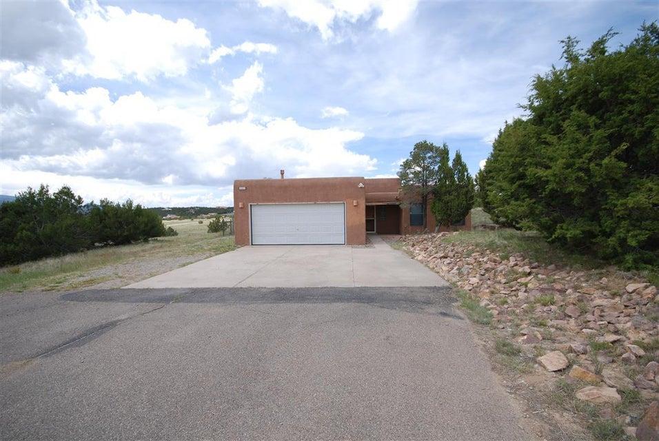 385 Frost Road, Sandia Park, NM 87047