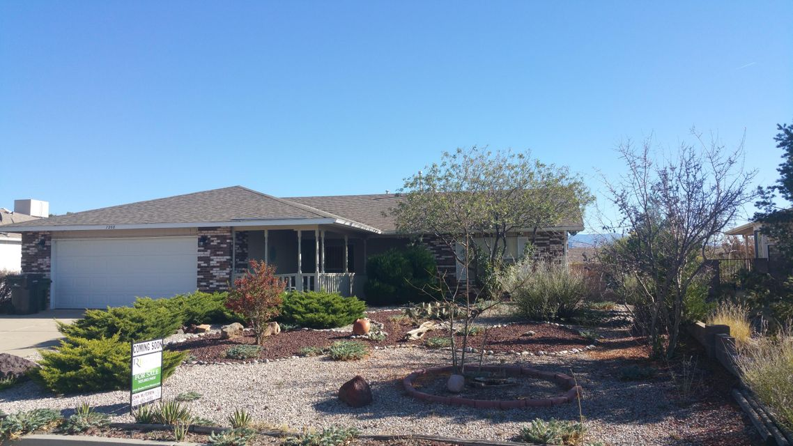7208 Spruce Mountain Loop NE, Rio Rancho, NM 87144